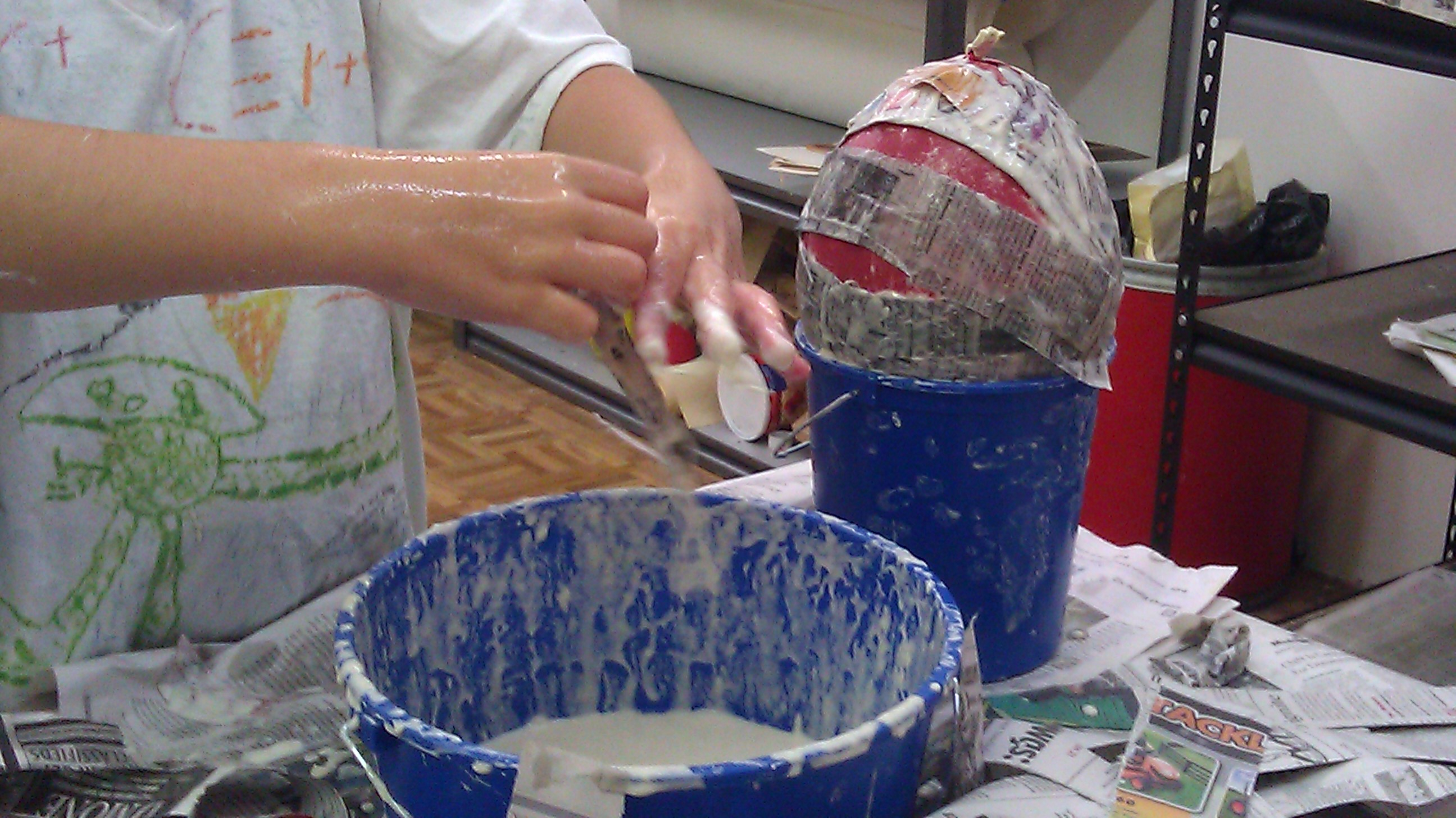 Art class why should kids have all the fun better for Paper mache activities